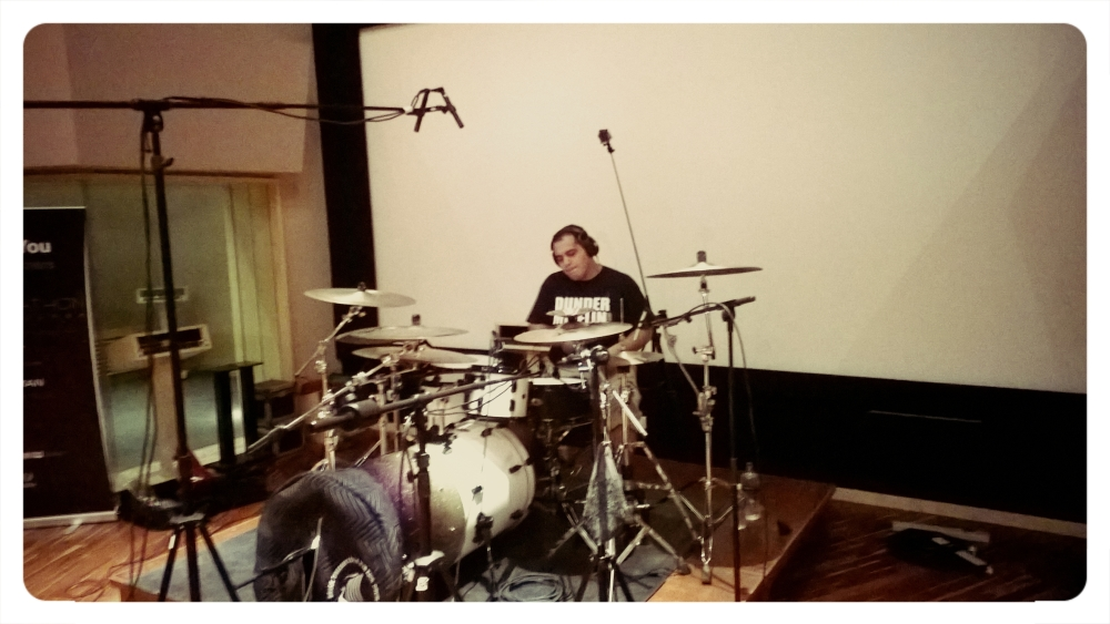 This is NG, taking. Recording in a studio for the first time. (3/5)